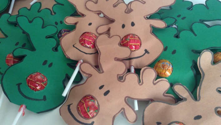 reindeer nose lollipops