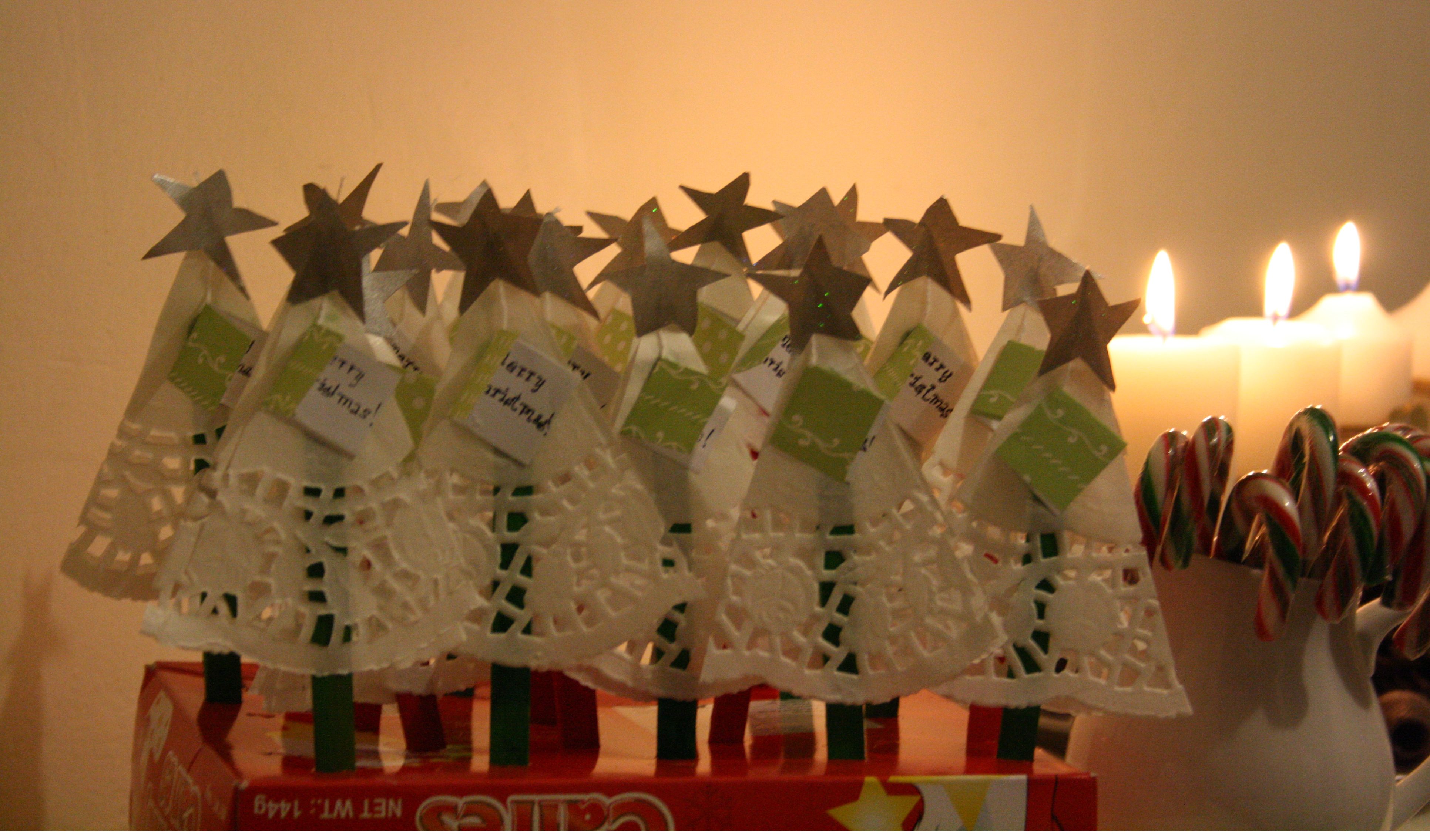 paper dollie christmas tree cards